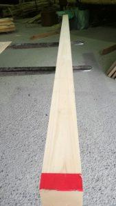 桧の桁、4m105×180、三方役、105㎜の面
