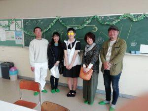松工文化祭メイド喫茶、男子生徒のメイドと共に